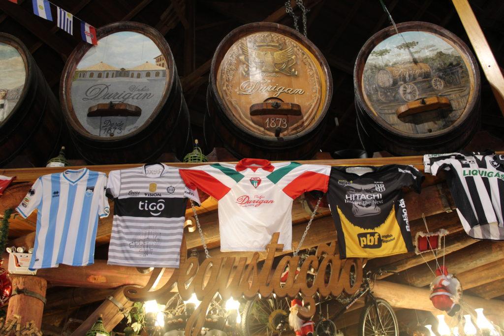 Decoração Vinhos Durigan - o que fazer em Curitiba